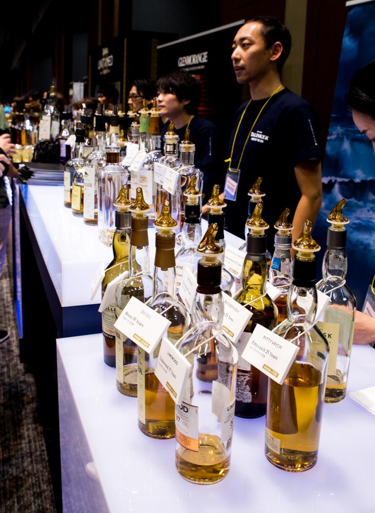 たくさんのウイスキーを試飲できるウイスキーフェスティバル