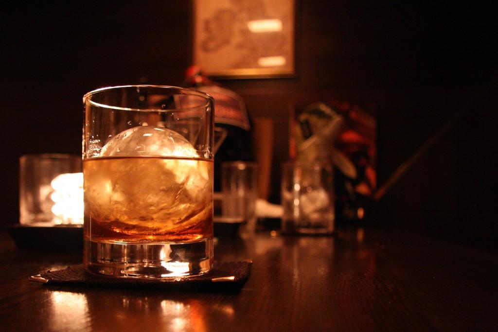 楽しいお酒も飲みすぎれば毒。自分に合った量を知りましょう。