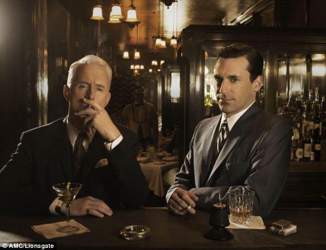 お酒を愉しむ男たち