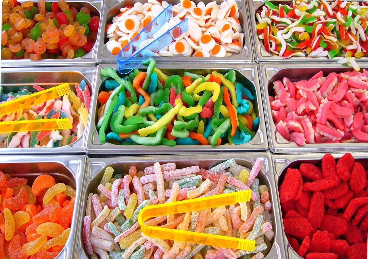 沢山のお菓子