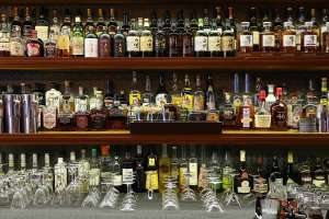 壁一面のお酒