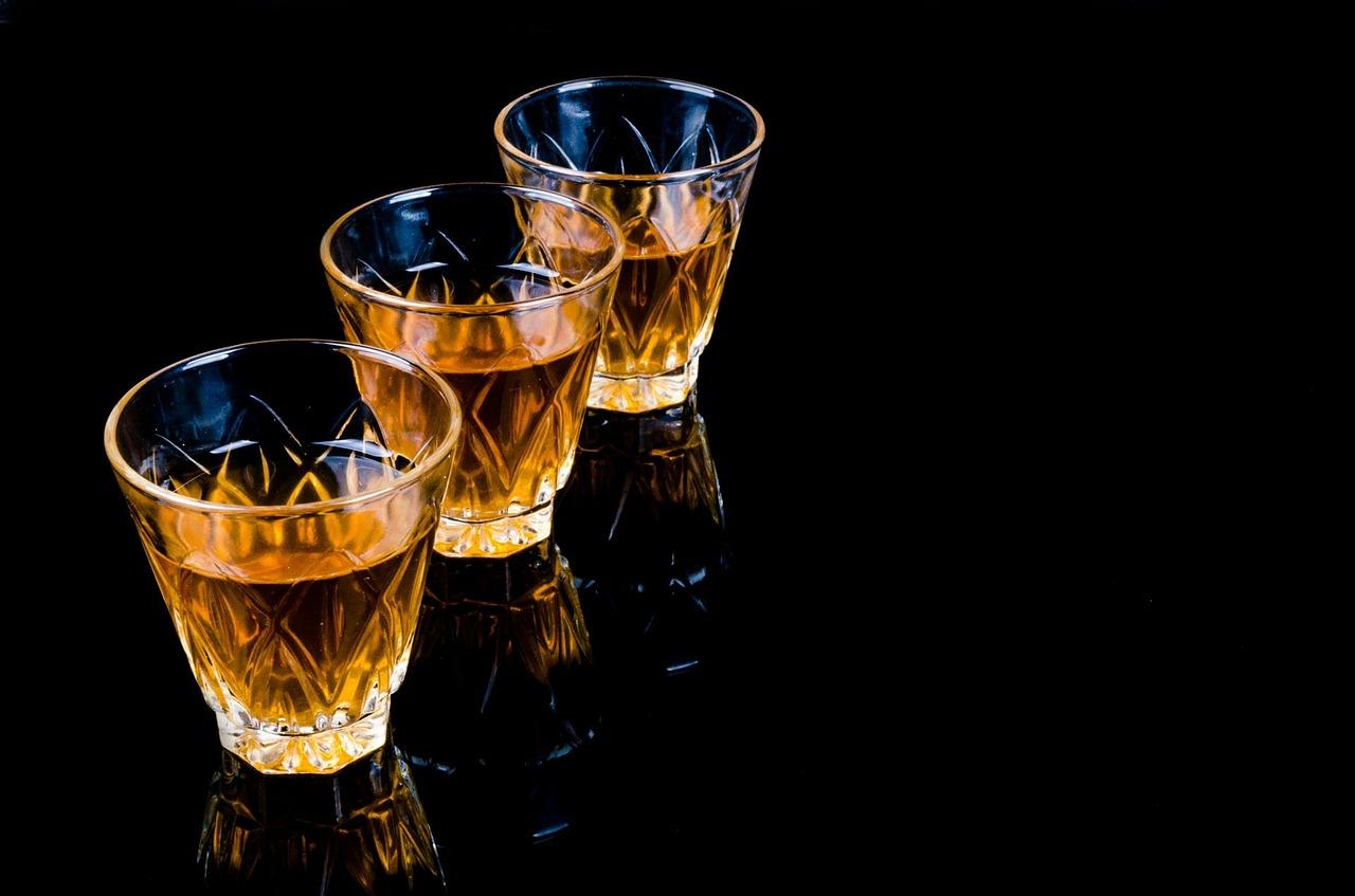 三杯のグラス