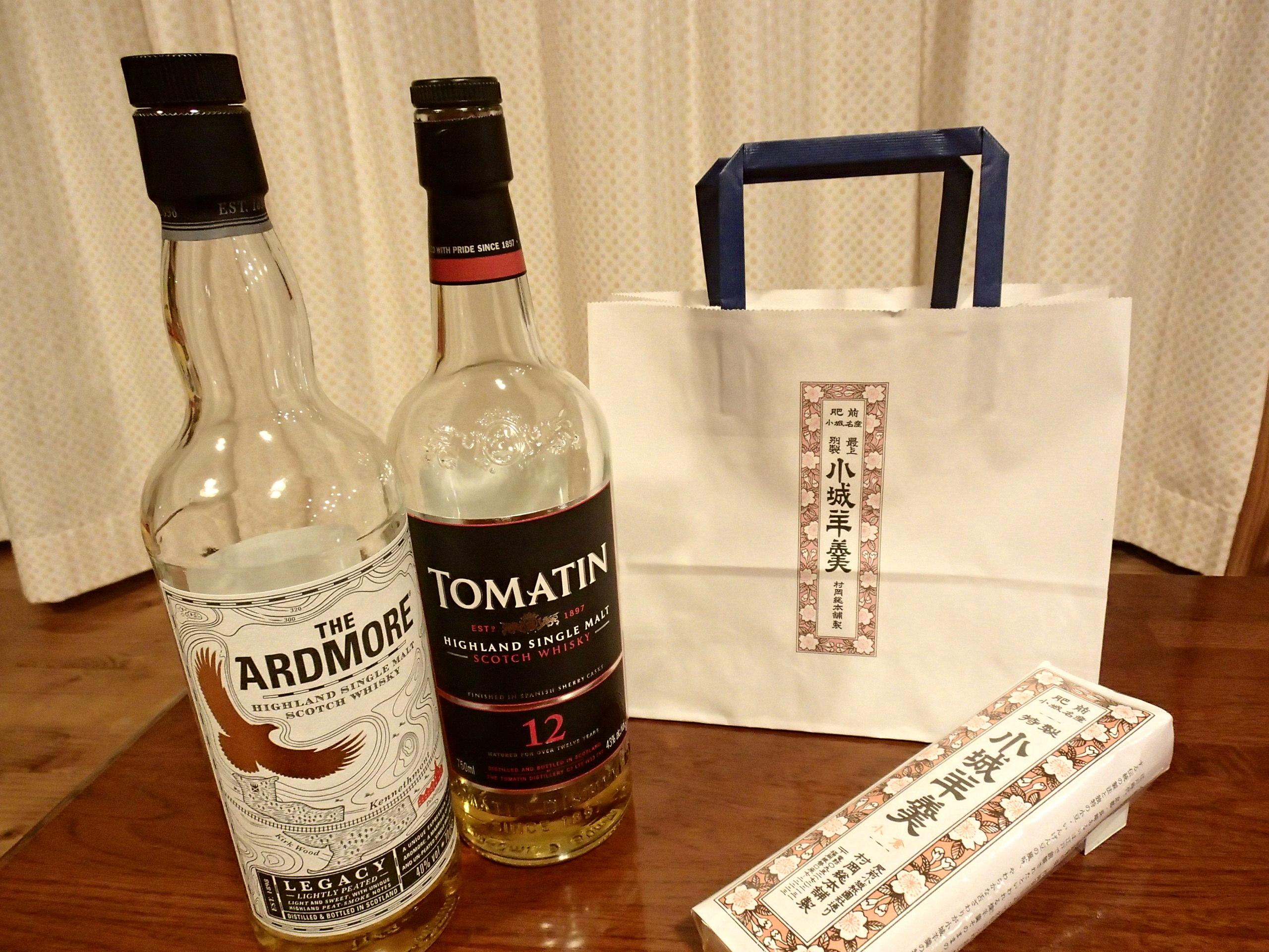 村岡総本舗小城羊羹とウイスキー