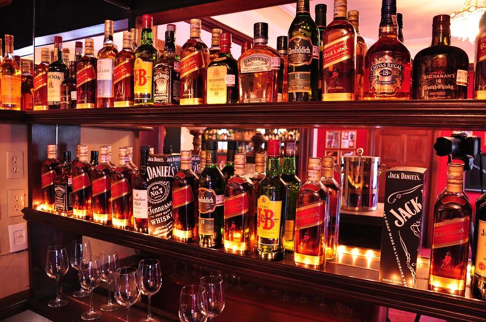 たくさんのウイスキーをテイスティングしましょう