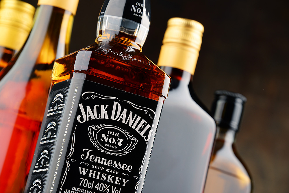 バーボンウイスキーとテネシーウイスキーの違い