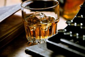 ウイスキー用の氷の作り方は?