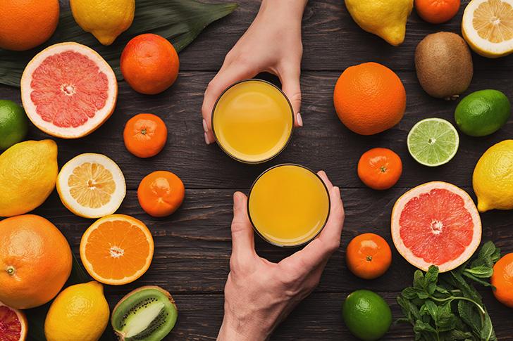 オレンジジュースがふたつ