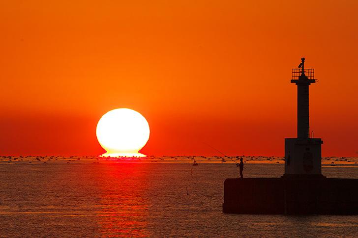 江井ヶ島港からのダルマ夕陽