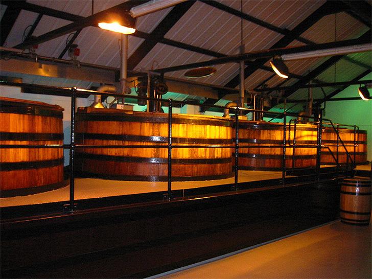 オーヘントッシャン蒸溜所の発酵槽
