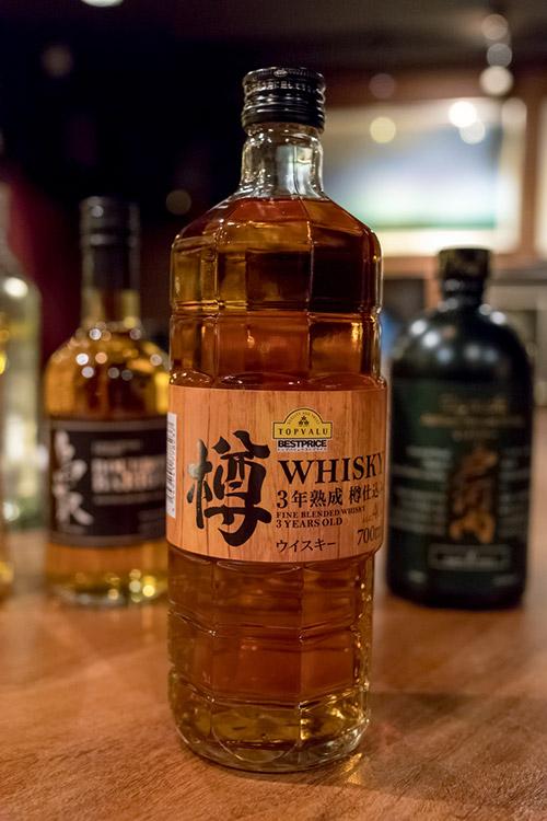 トップバリュ樽3年熟成ウイスキー