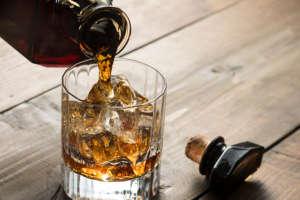 ウイスキーロック(オン・ザ・ロックス)おすすめの飲み方