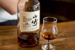 ウイスキー山崎12年/18年/25年の味、種類、飲み方