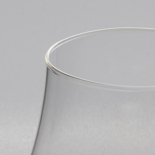 ロナパレンカテイスティンググラス200mlのリム
