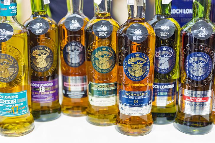 ロッホローモンド蒸溜所でつくられるウイスキーの数々