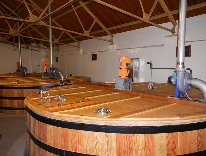 グレンキース蒸溜所の発酵槽