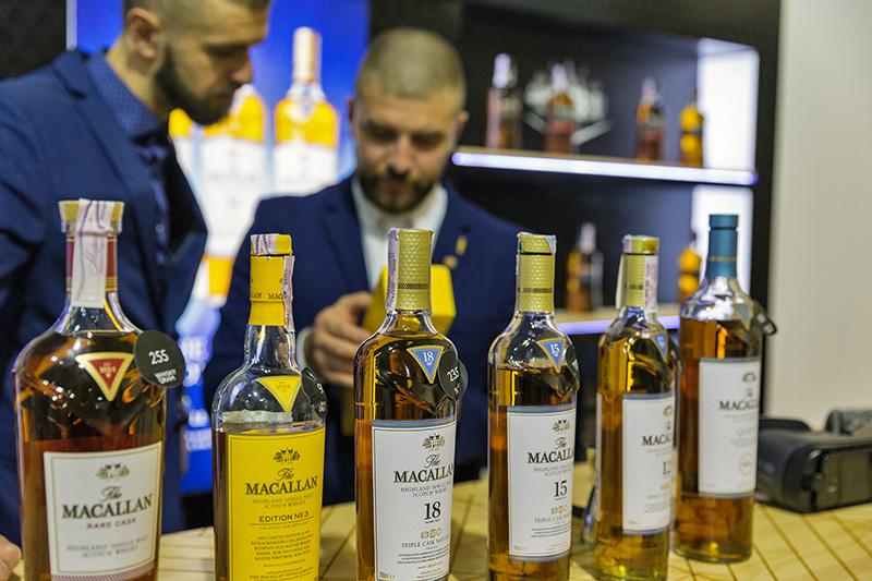 原酒や樽不足から定価も徐々に上昇してきたマッカラン